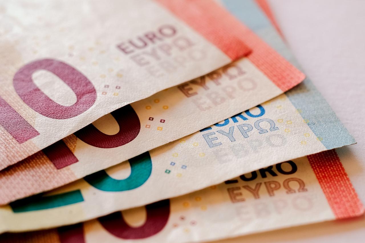 Je paye 4000 euros d'impôts sur le revenu : Simulation pour les réduire